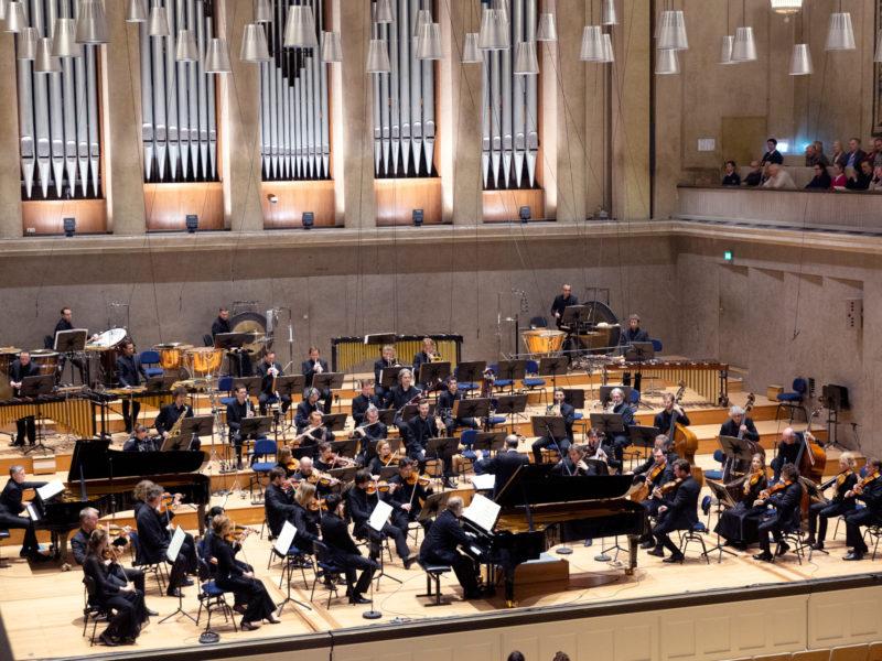 Symphonieorchester des Bayerischen Rundfunks und Peter Rundel © Astrid Ackermann